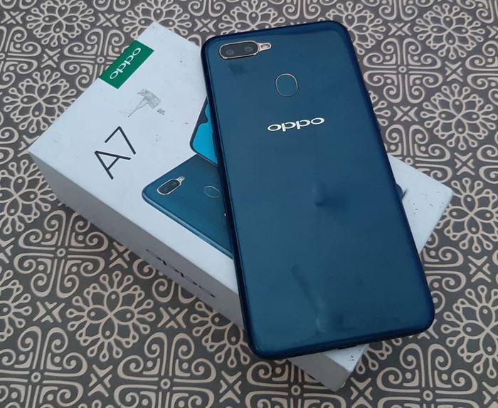 Fitur Unggulan Spesifikasi Dan Harga Oppo A7 Terbaru 2020 Toko Play